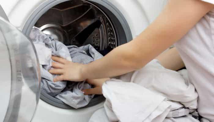 como lavar ropa